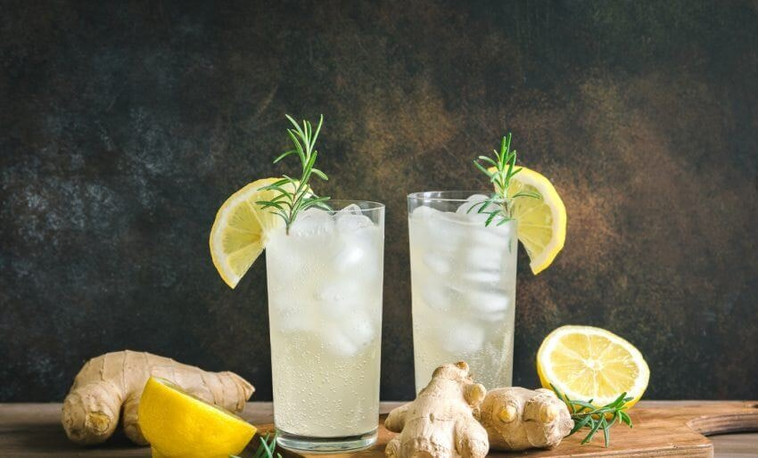 Refresco de gengibre e limão
