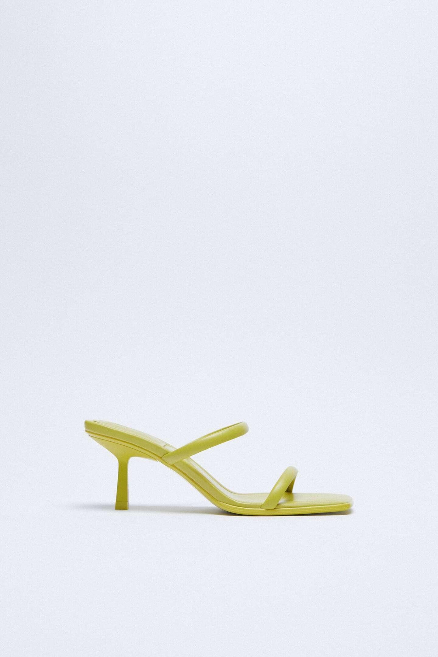 sandálias de salto fino da zara